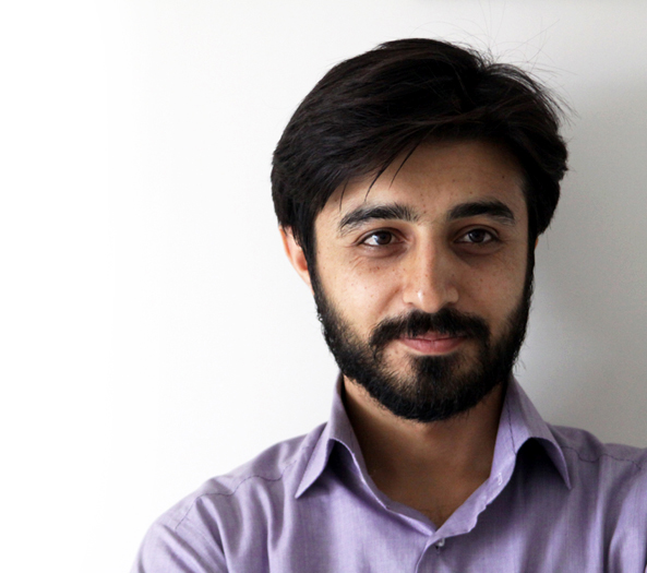 http://senobari.persiangig.com/image/Poet/Mehdi%20Sayyar.jpg